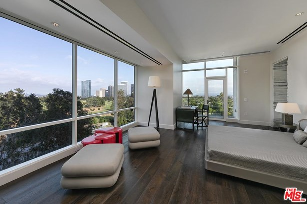 Condominium, Contemporary - Los Angeles (City), CA