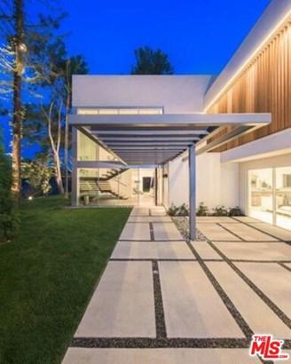 Single Family Residence, Contemporary - LOS ANGELES, CA