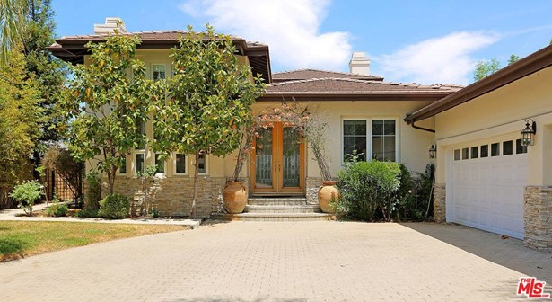Traditional, Single Family - Encino, CA (photo 2)