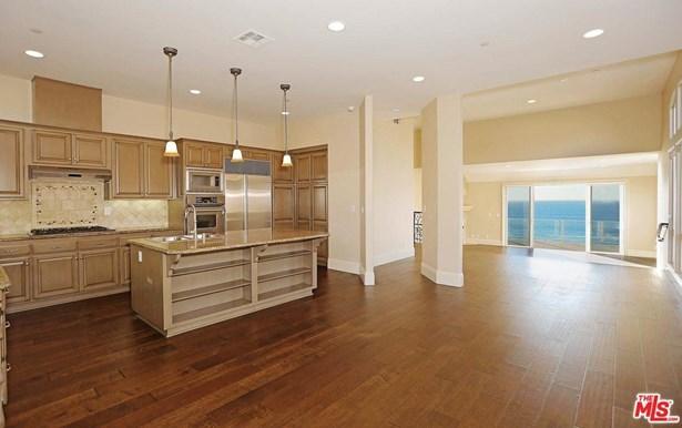 Condominium - Redondo Beach, CA (photo 3)