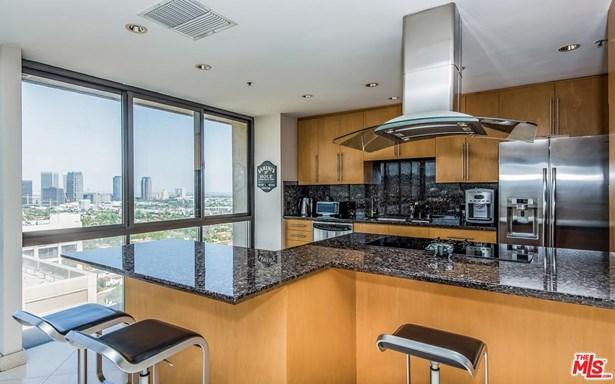 High or Mid-Rise Condo,Contemporary, Condominium - Los Angeles (City), CA (photo 3)