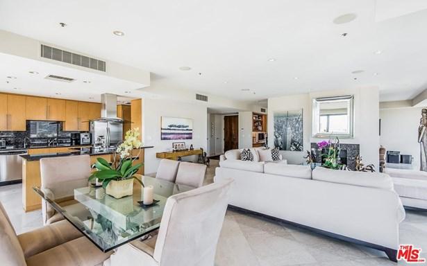 High or Mid-Rise Condo,Contemporary, Condominium - Los Angeles (City), CA (photo 4)