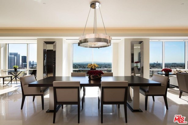 Condominium, Contemporary,High or Mid-Rise Condo - Los Angeles (City), CA
