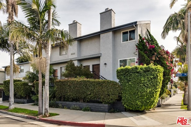 Townhouse, Contemporary - Los Angeles (City), CA (photo 2)
