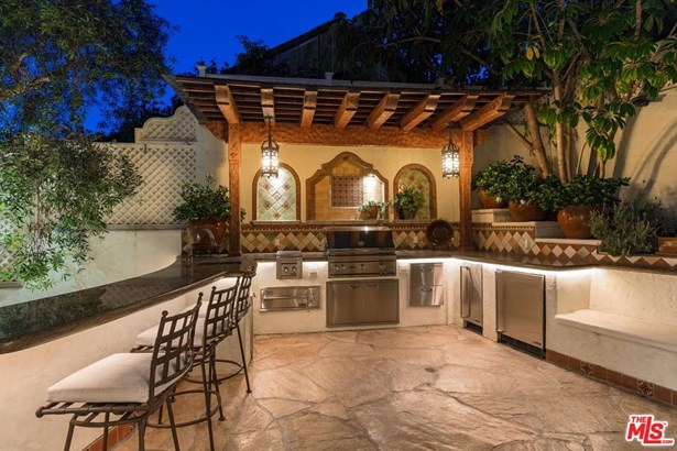 Spanish Colonial, Single Family - Beverly Hills, CA (photo 3)