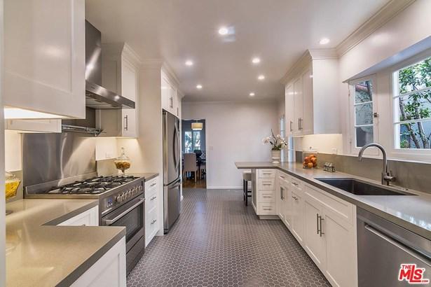 Condominium, Spanish - Los Angeles (City), CA (photo 5)