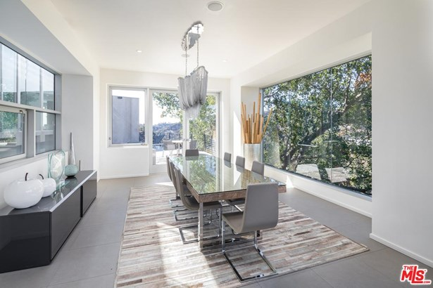 Contemporary, Single Family - Beverly Hills, CA (photo 5)
