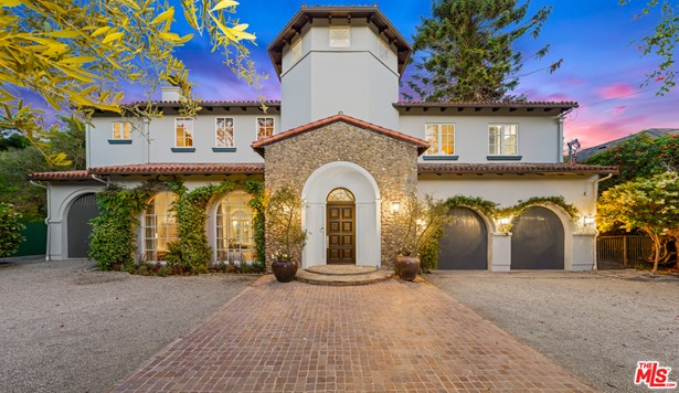 Tuscan, Single Family Residence - Los Angeles, CA
