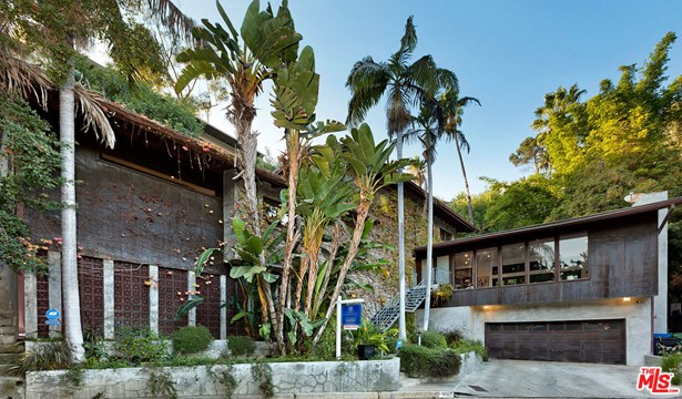 Architectural, Single Family Residence - Los Angeles, CA
