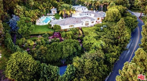 Mediterranean, Single Family Residence - BEVERLY HILLS, CA