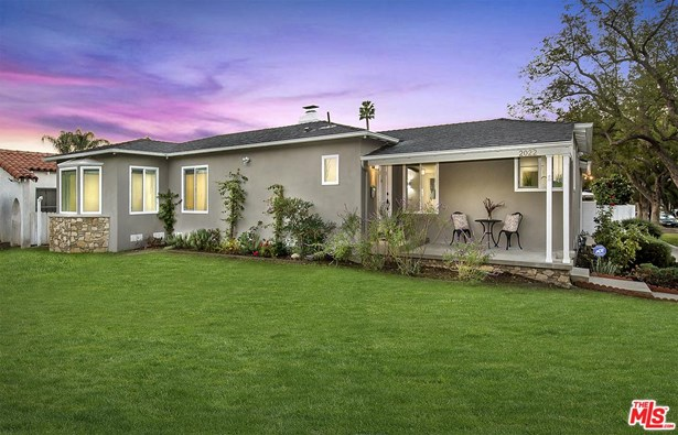Contemporary, Single Family - Glendale, CA (photo 1)