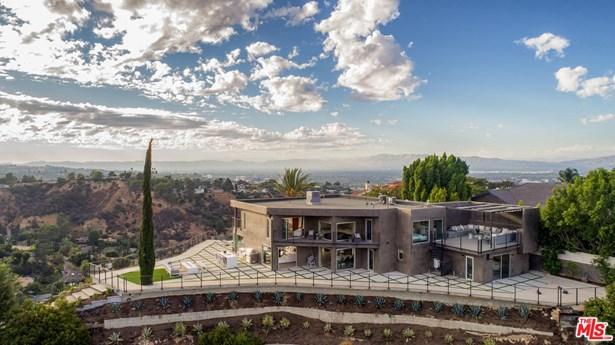 Contemporary, Single Family - Sherman Oaks, CA (photo 2)