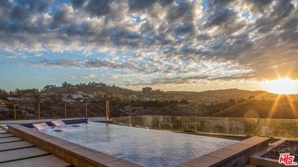 Contemporary, Single Family - Sherman Oaks, CA (photo 3)