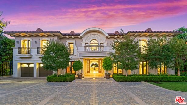 Mediterranean, Single Family Residence - LOS ANGELES, CA