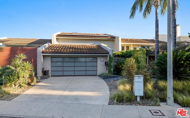 Contemporary, Single Family - Los Angeles (City), CA