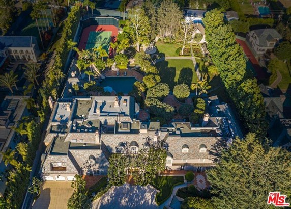 French, Single Family - Beverly Hills, CA