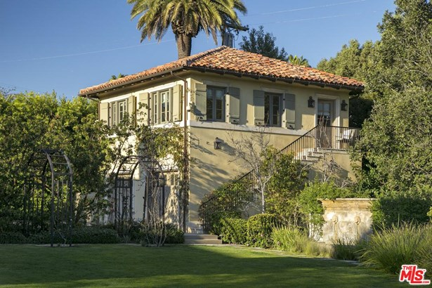 Mediterranean, Single Family - Los Angeles (City), CA (photo 5)