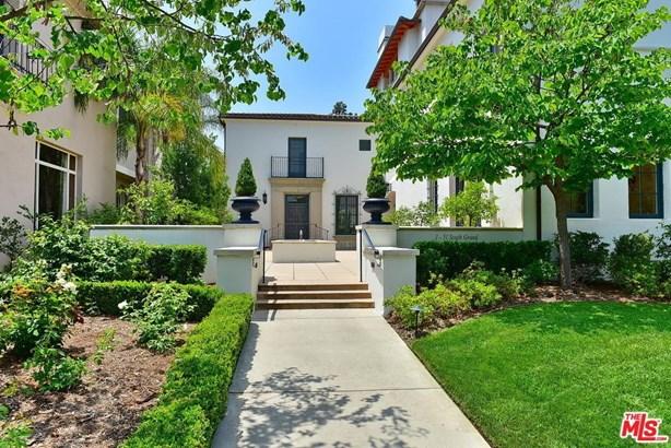 Townhouse, Bungalow - Pasadena, CA (photo 1)