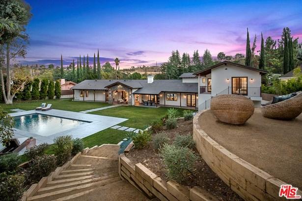 Tuscan, Single Family - Sherman Oaks, CA (photo 2)