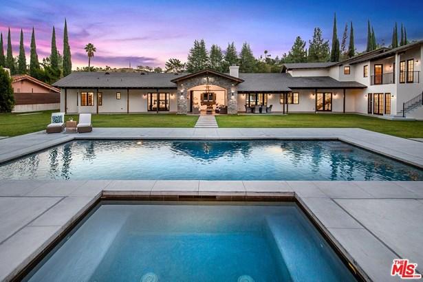 Tuscan, Single Family - Sherman Oaks, CA (photo 3)