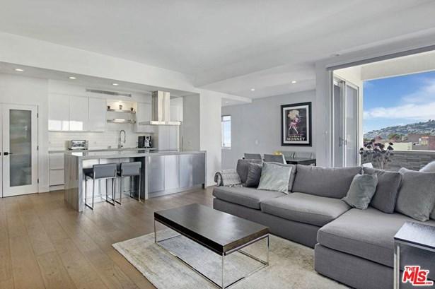 Condominium, High or Mid-Rise Condo,Mid Century - Los Angeles (City), CA