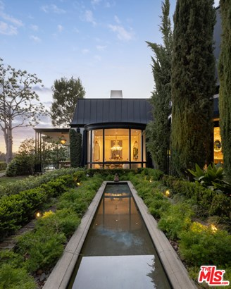 Architectural, Single Family Residence - Beverly Hills, CA
