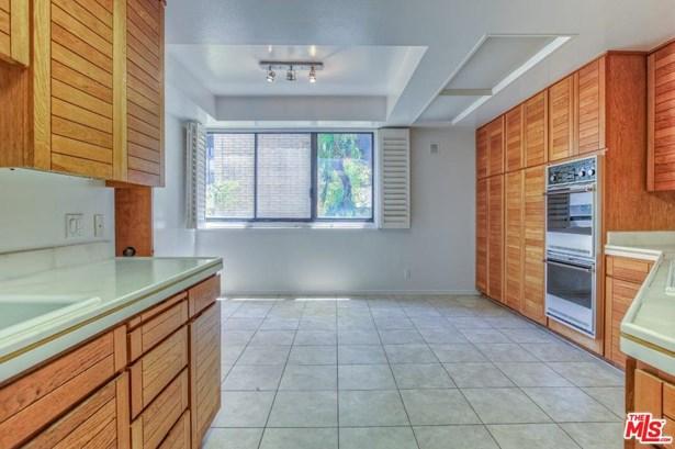 Condominium, Contemporary - Beverly Hills, CA (photo 3)
