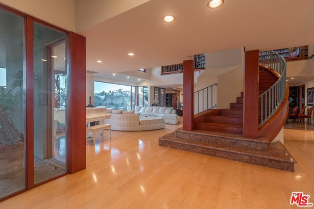 Architectural, Single Family - Los Angeles (City), CA (photo 5)