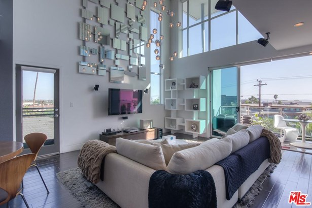 Townhouse, Contemporary - West Hollywood, CA (photo 1)