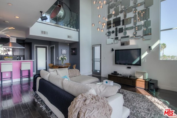 Townhouse, Contemporary - West Hollywood, CA (photo 3)