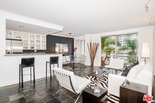 Condominium, High or Mid-Rise Condo,Modern - West Hollywood, CA (photo 1)