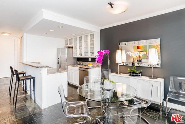 Condominium, High or Mid-Rise Condo,Modern - West Hollywood, CA (photo 2)