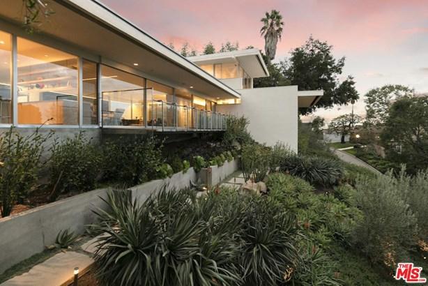 Mid Century, Single Family - Los Angeles (City), CA (photo 2)