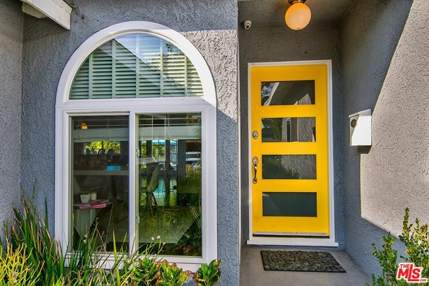 Contemporary, Single Family - Studio City, CA (photo 4)