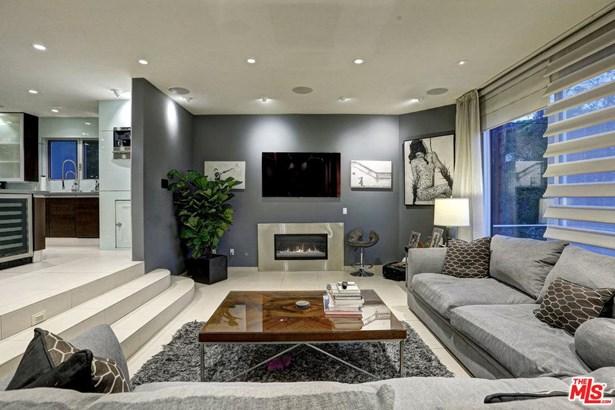 Contemporary, Single Family - Los Angeles (City), CA (photo 2)