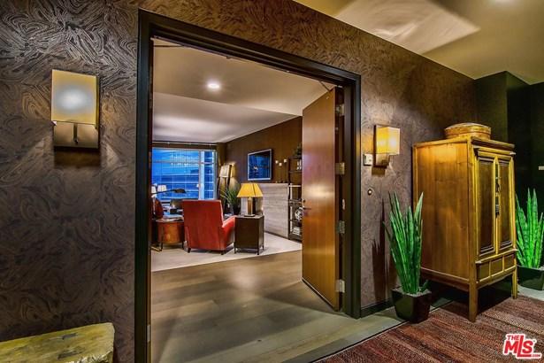 Condominium, Contemporary,High or Mid-Rise Condo - Los Angeles (City), CA (photo 5)