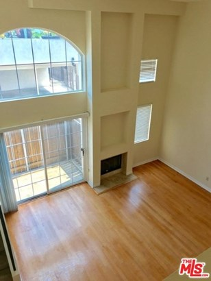 Townhouse, Mediterranean - Santa Monica, CA (photo 4)