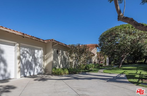 Spanish, Single Family - Sherman Oaks, CA (photo 5)