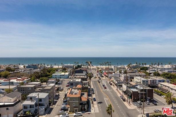 Condominium, Modern - Marina Del Rey, CA (photo 4)