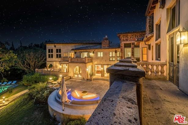 Tuscan, Single Family - Los Angeles (City), CA