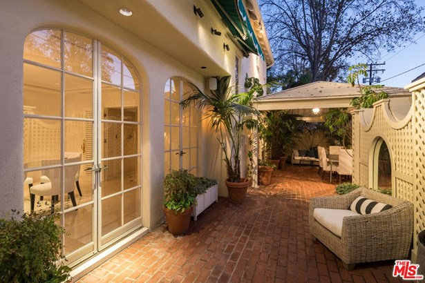 Townhouse, Traditional - Beverly Hills, CA (photo 4)