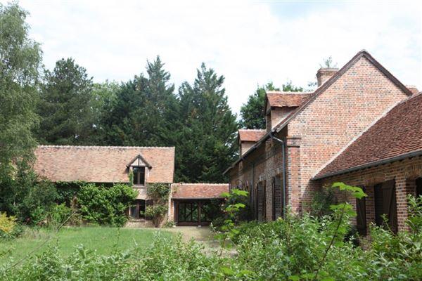 Marcilly En Villette - FRA (photo 2)