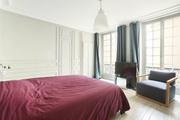 Paris 1st - FRA (photo 5)