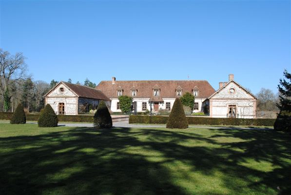 Lamotte Beuvron - FRA (photo 1)