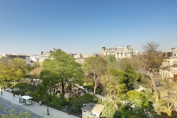 Paris 3rd - FRA (photo 1)