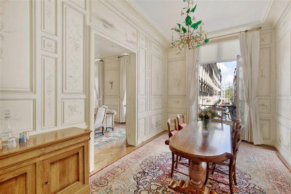 Paris 1st - FRA (photo 4)