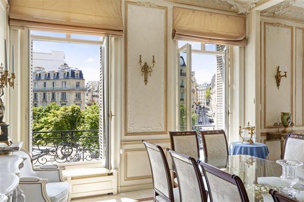 Paris 8th - FRA (photo 4)