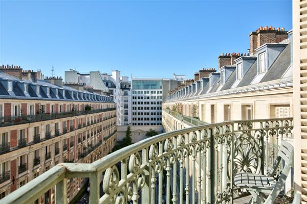 Paris 8th - FRA (photo 3)