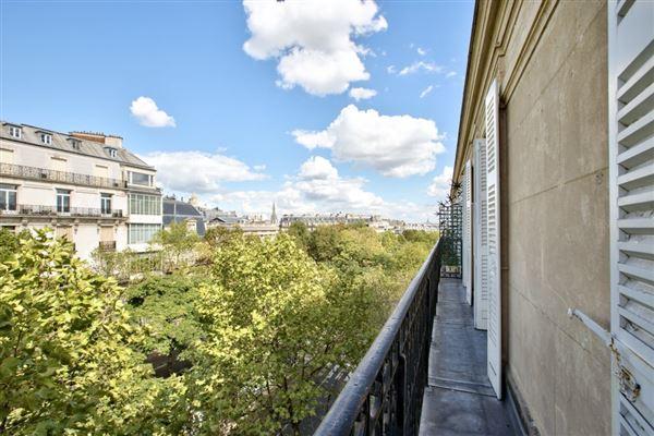 Paris 16th - FRA (photo 2)