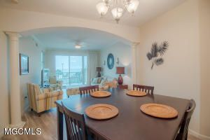 2228 Beach Boulevard 208, Gulfport, MS - USA (photo 2)